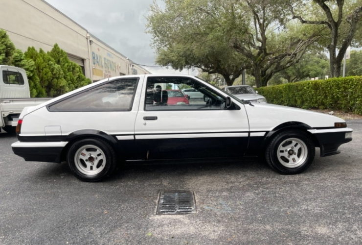 classic-jdm-spec-ae86-trueno-for-sale,-ready-for-initial-d-cosplay