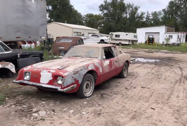 rare-studebaker-avanti-found-in-a-shed,-gets-saved-from-the-crusher
