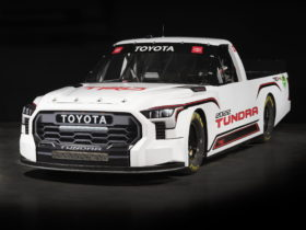 this-is-the-new-toyota-tundra-trd-pro-nascar-racer-for-the-2022-season
