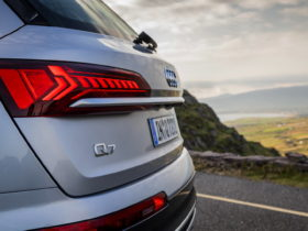 led-taillights-are-too-bright-–-they-hurt-our-eyes,-and-nobody's-talking-about-it