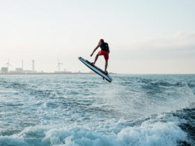 ravik-one-electric-surfboard-set-out-to-start-a-revolution-and-succeeded