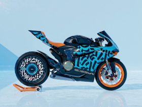 ducati-panigale-on-rotiform-aerodisc-feels-like-a-non-existent-hypnosis-wheel