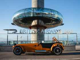 caterham-opening-world's-highest-car-dealership,-450-ft-in-the-air-at-british-airways-i360