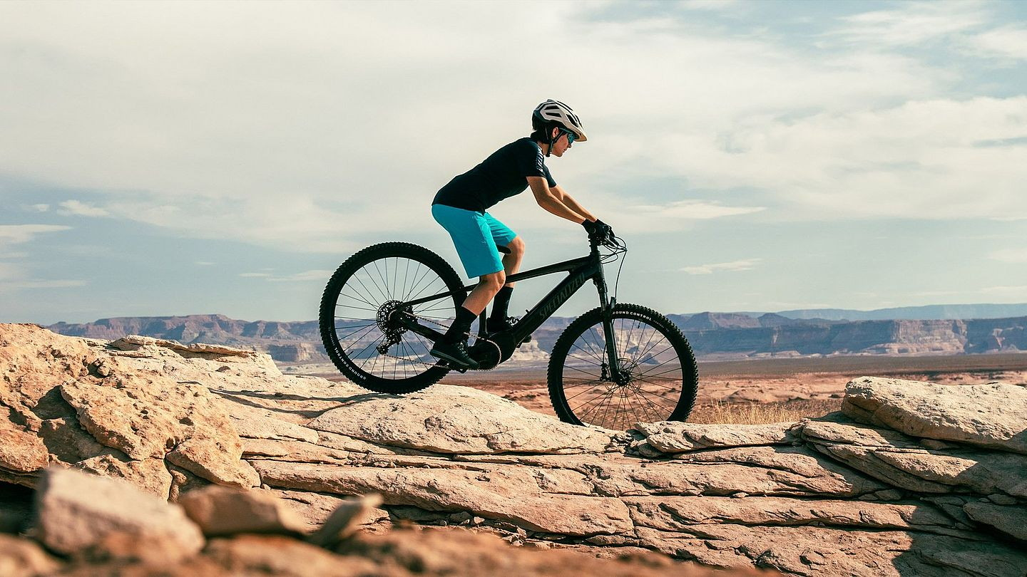 all-new-turbo-tero-e-bike-from-specialized-dominates-nearly-any-surface-you-find