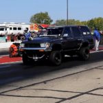 2jz-powered-toyota-4runner-hits-the-dragstrip,-smokes-mustang-and-camaro
