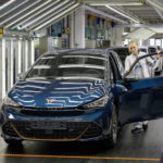 cupra-born-enters-production-in-germany,-next-to-its-volkswagen-id.3-cousin