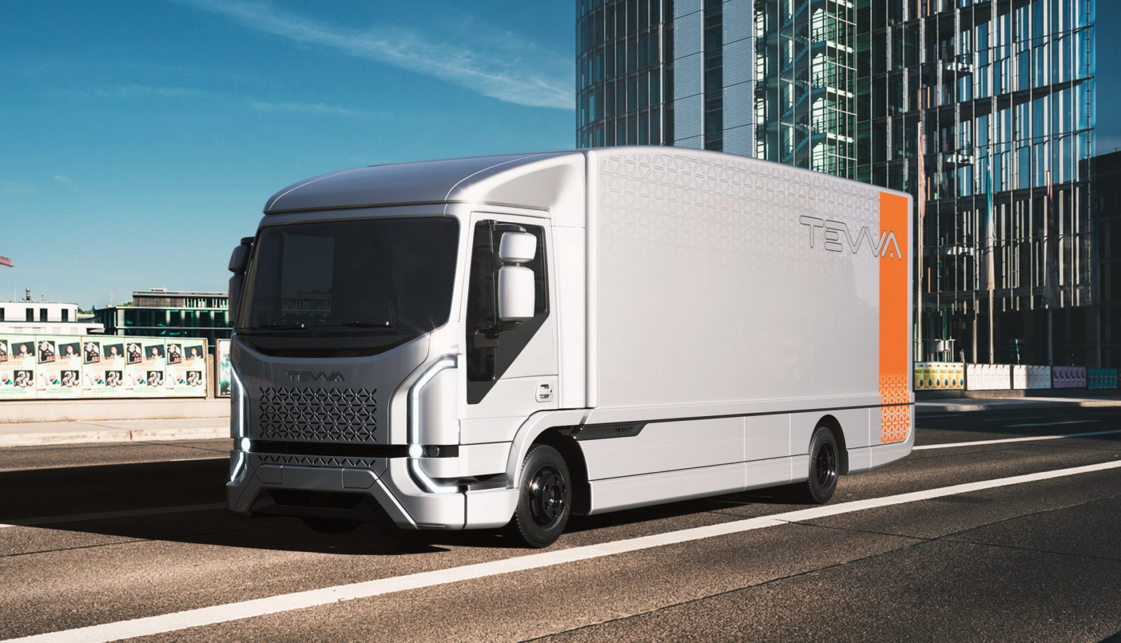 tevva-unveils-new-all-electric-7.5-ton-truck-with-up-to-310-miles-of-range