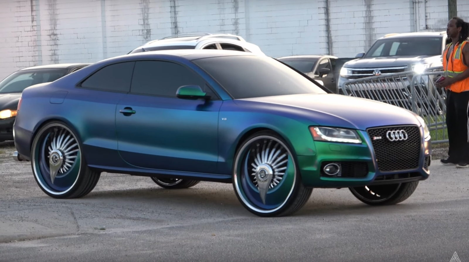 audi-s5-on-massive-wheels-spotted-at-florida-car-meet-trying-to-blend-in-with-donks