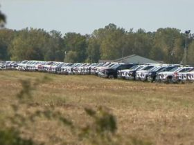 hundreds-of-unfinished-gm-trucks-parked-in-an-empty-field-are-a-chip-nightmare