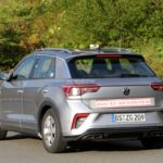 2022-volkswagen-t-roc-facelift-spied-with-fake-exhaust-tips