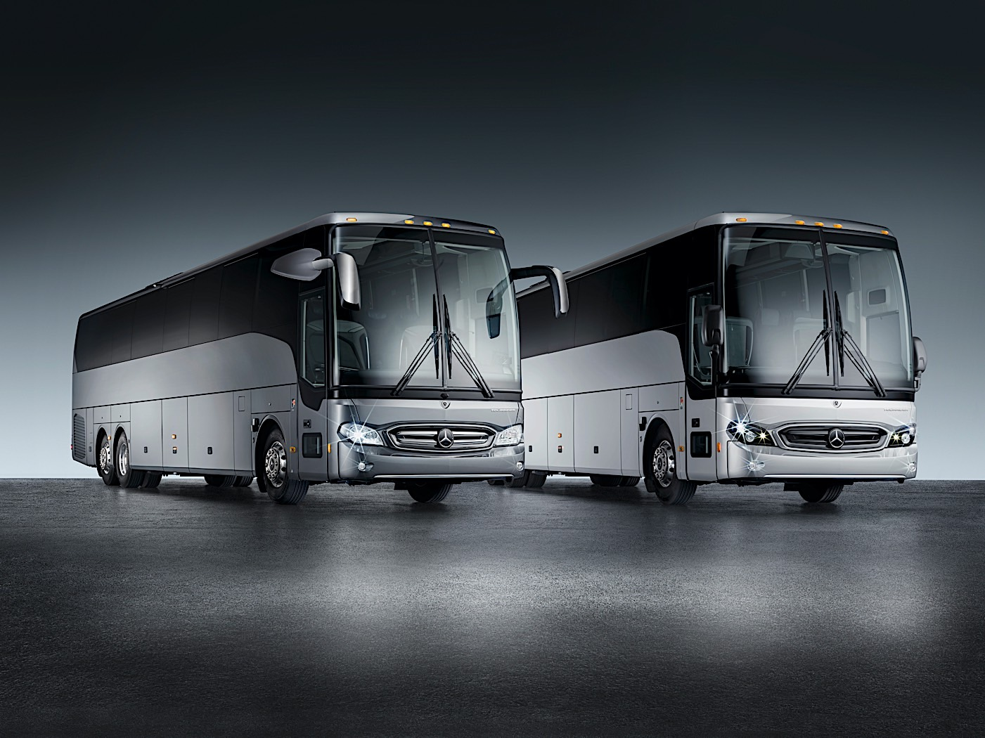 mercedes-benz-tourrider-is-an-exclusively-american-motorcoach,-a-nod-to-muscle-cars
