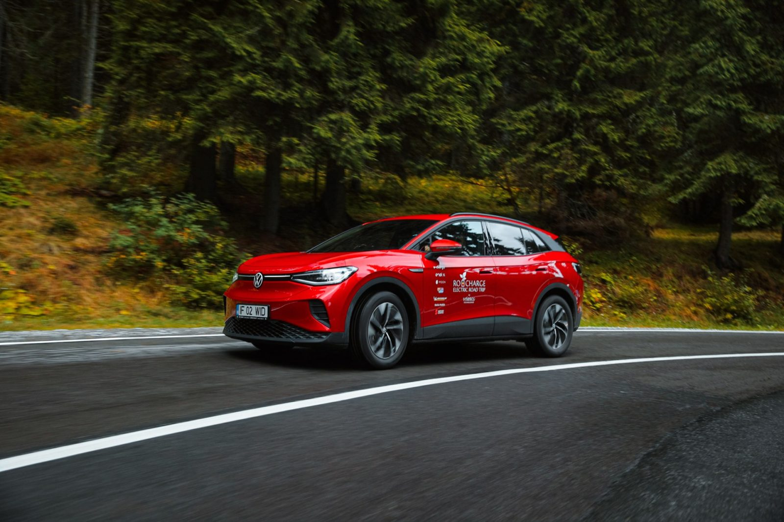 driven:-2021-volkswagen-id.4,-the-first-electric-crossover-from-vw