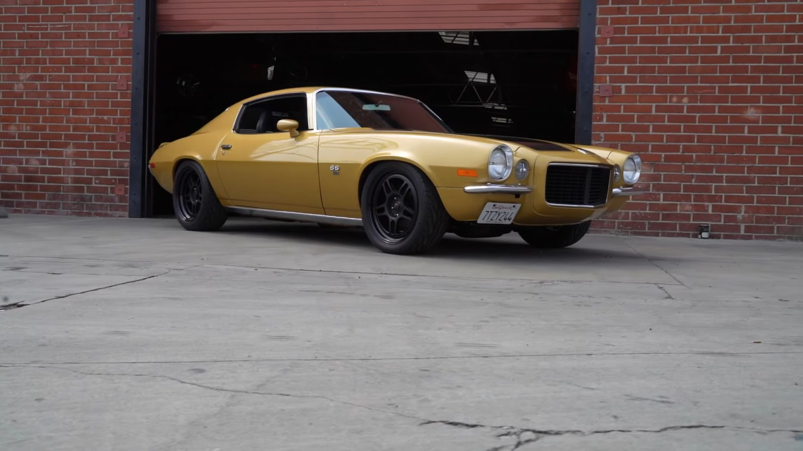 gold-and-black-1970-chevy-camaro-ss/rs-is-old-school-muscle-restomod-done-right