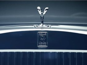 rolls-royce-to-ditch-v12-engines,-go-all-electric-by-2030