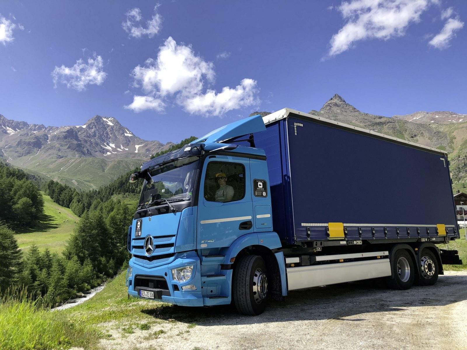 eactros-truck-is-finally-ready-for-mass-production,-latest-tests-in-the-alps-can-prove-it