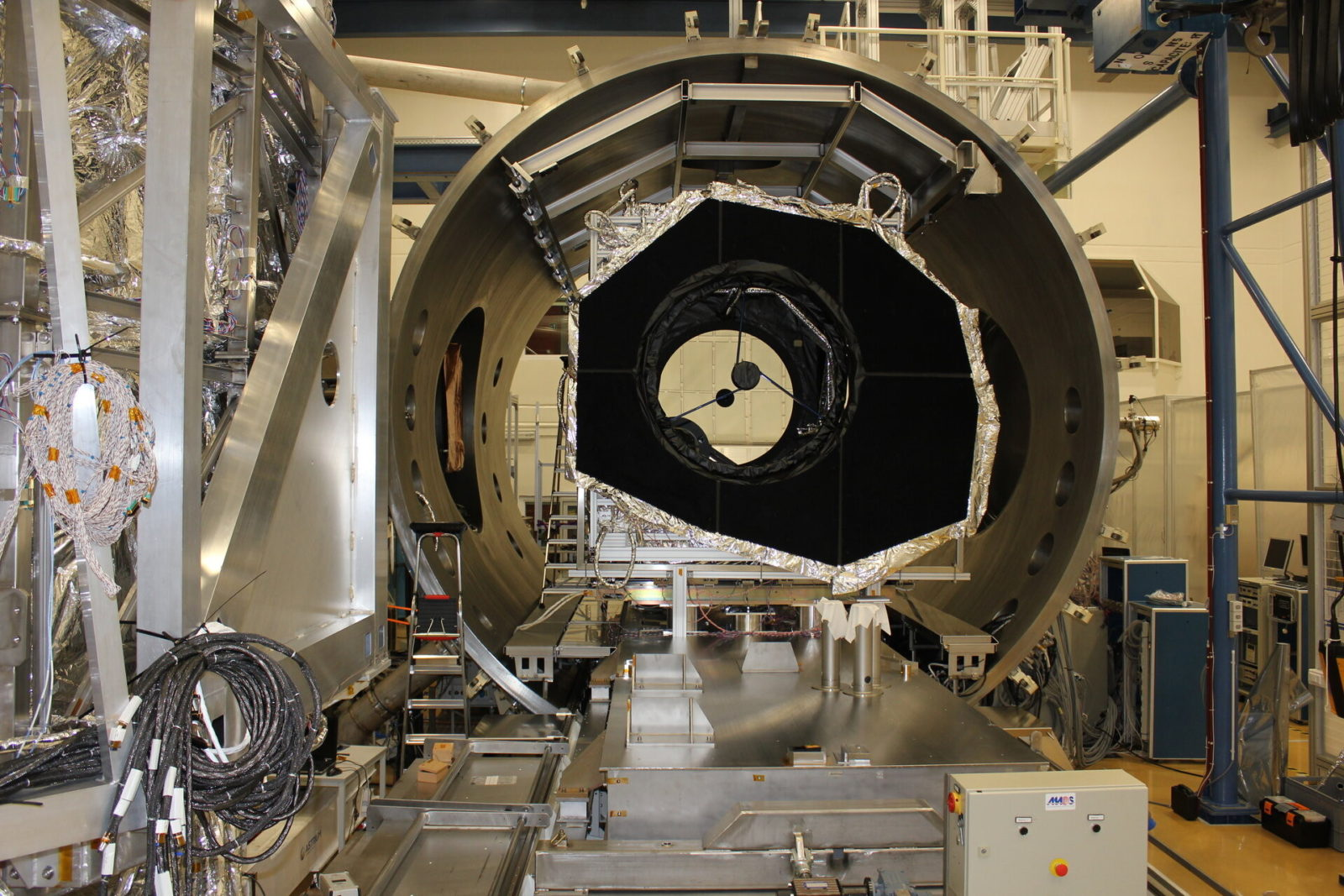 esa's-euclid-telescope-goes-through-extreme-space-testing-before-upcoming-launch