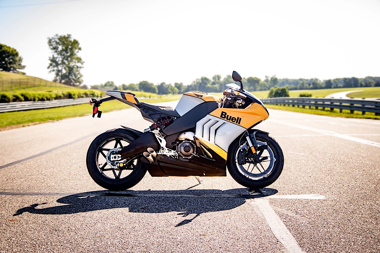 buell-hammerhead-1190-starts-rolling-on-november-1,-reservations-to-open-soon