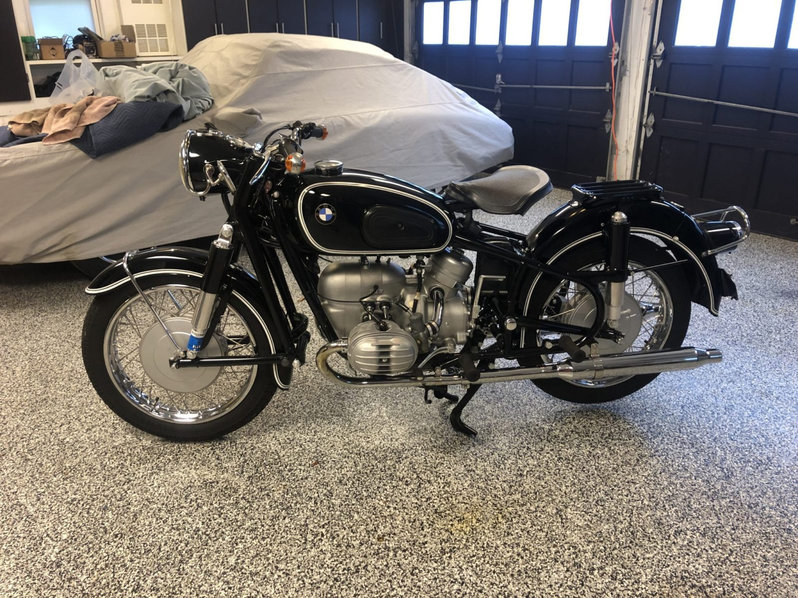 this-rejuvenated-1965-bmw-r50/2-hosts-fresh-pipes-and-overhauled-electrics