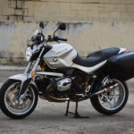 low-mileage-2008-bmw-r1200r-sighs-via-aftermarket-muffler,-carries-touring-saddlebags