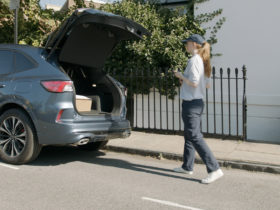 ford's-envisioned-delivery-system-allows-carriers-to-leave-the-packages-in-your-car