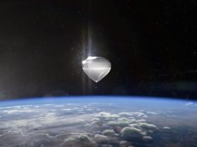 you-can-now-book-a-seat-to-fly-with-a-football-field-sized-balloon-above-earth