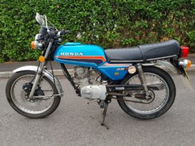 honda-cb100n-with-zero-miles-discovered-in-a-shed-after-40-years-by-the-original-owner