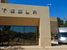 tesla-ditches-silicon-valley,-moves-headquarters-to-texas
