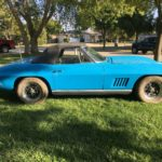 sleeping-1967-chevrolet-corvette-sports-some-very-questionable-changes,-still-tres-belle