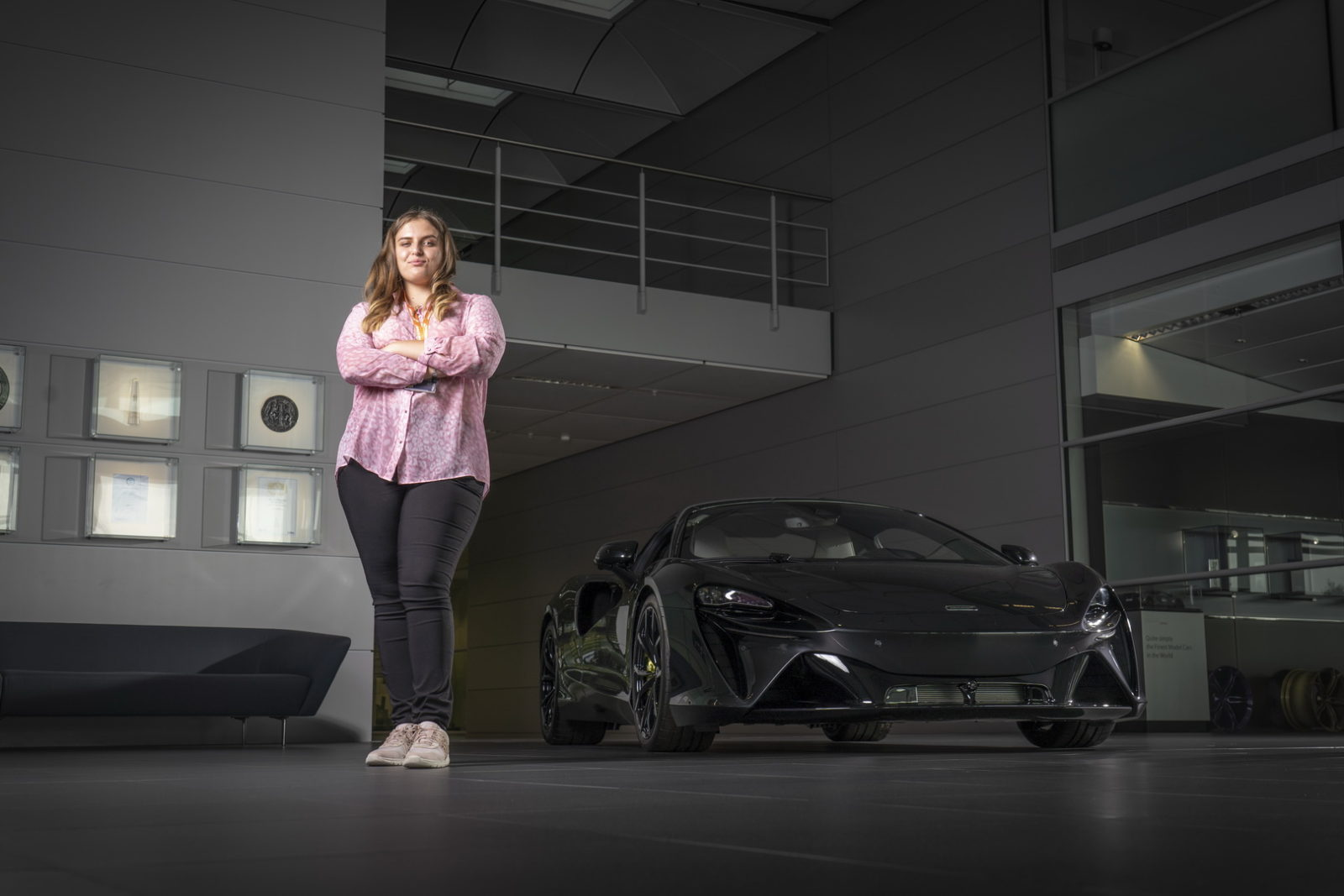 17-year-old-girl-from-wales-becomes-mclaren-ceo-for-a-day