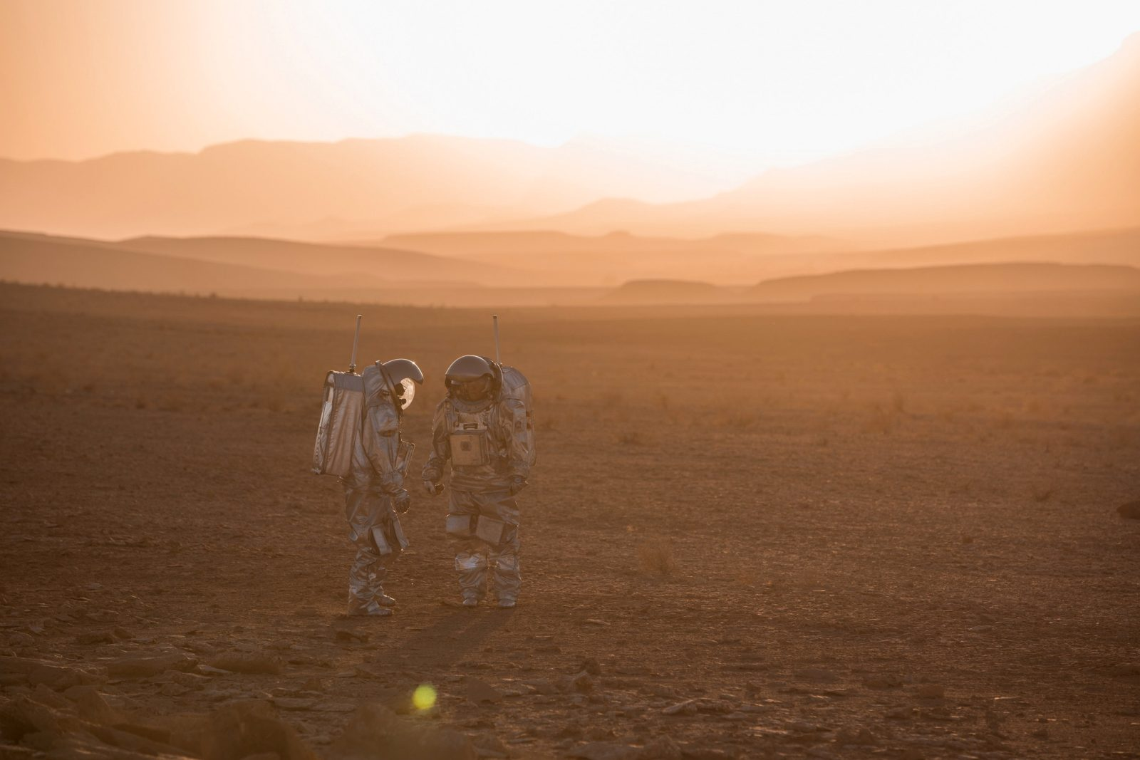 analog-astronauts-will-simulate-life-on-mars-inside-a-huge-desert-crater