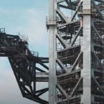 starship-orbital-launch-tower-moves-its-quick-disconnect-arm,-time-lapse-video-is-amazing