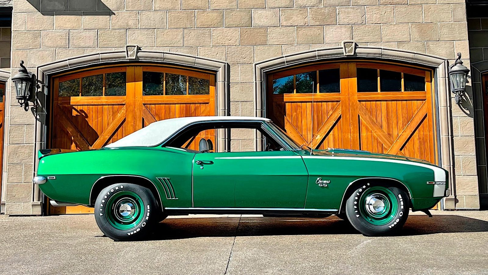 1969-chevrolet-camaro-ss-brings-out-the-hulk-with-rare-rally-green-paint