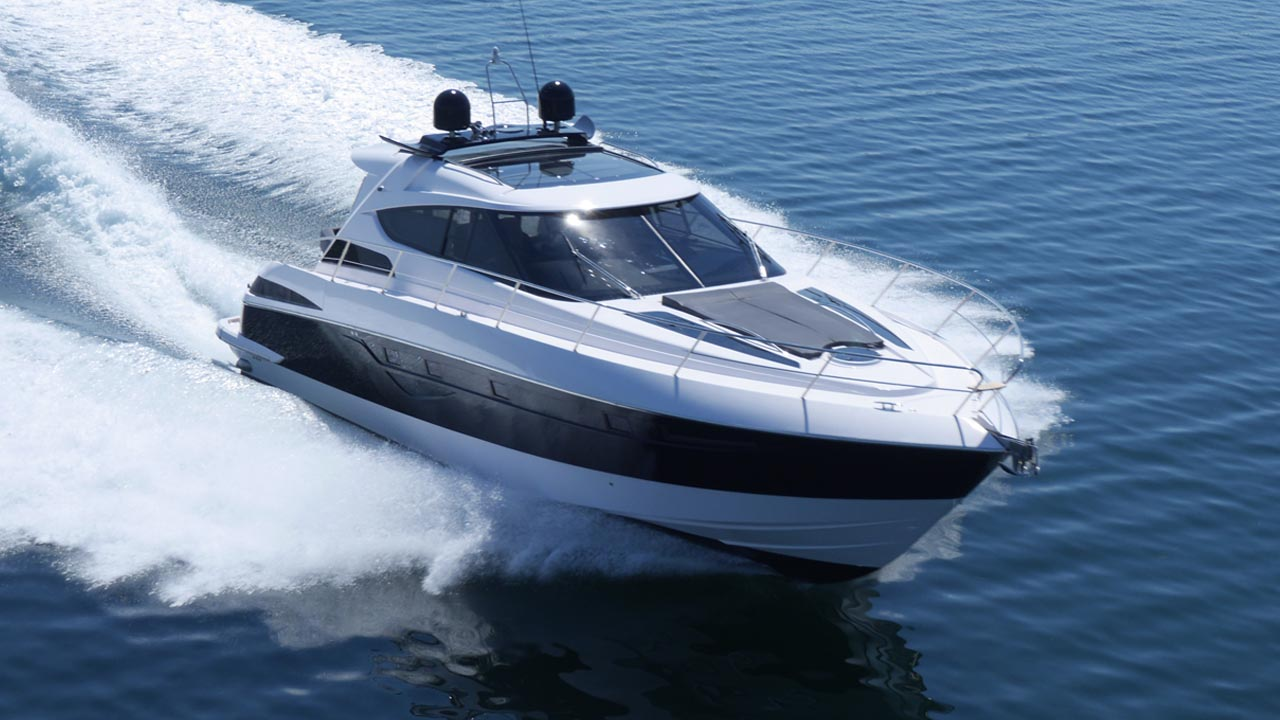 flagship-fp50-closed-cockpit-yacht-is-speed-incarnate-with-touch-of-luxury