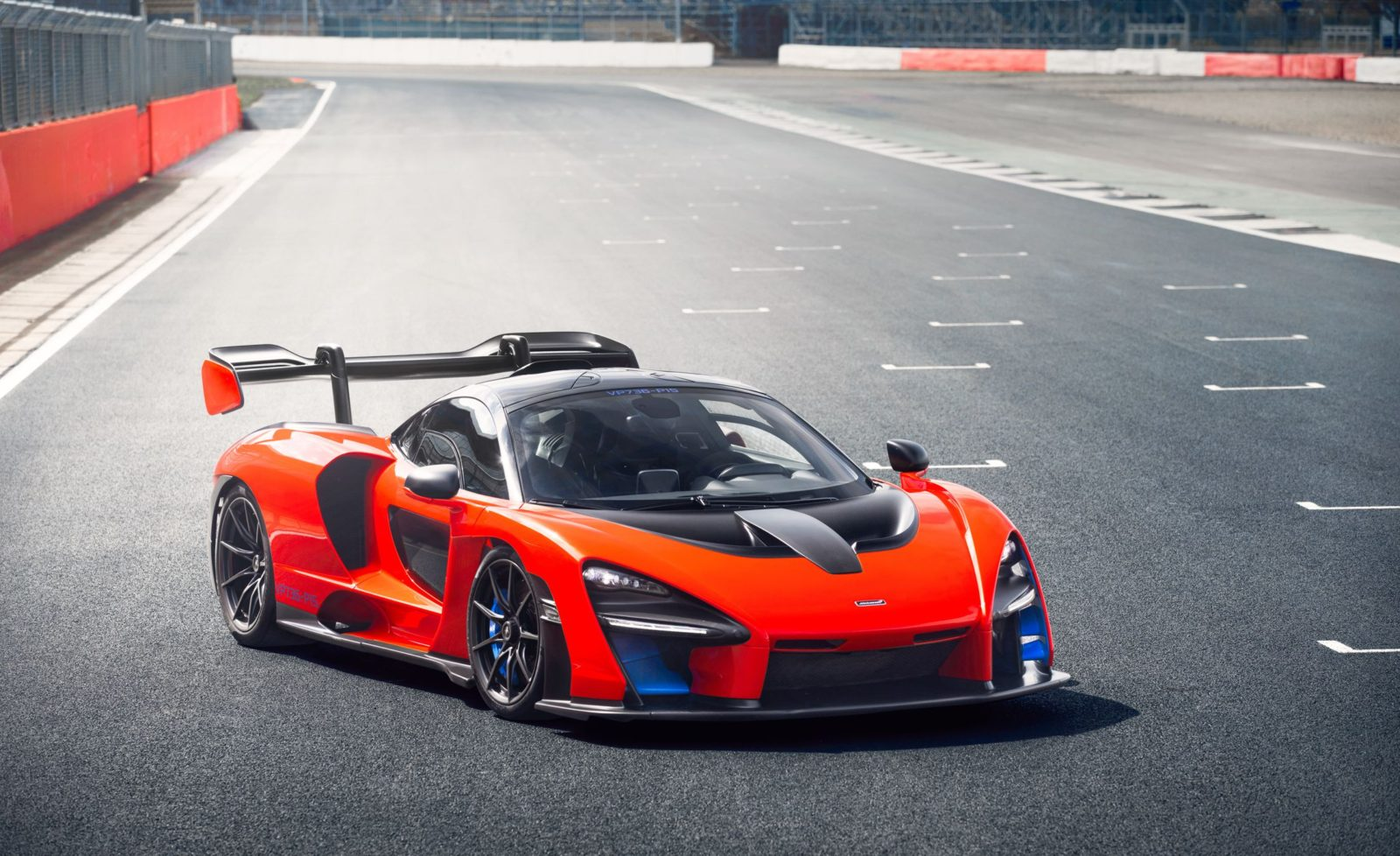 new-cars-powered-by-v8-engines