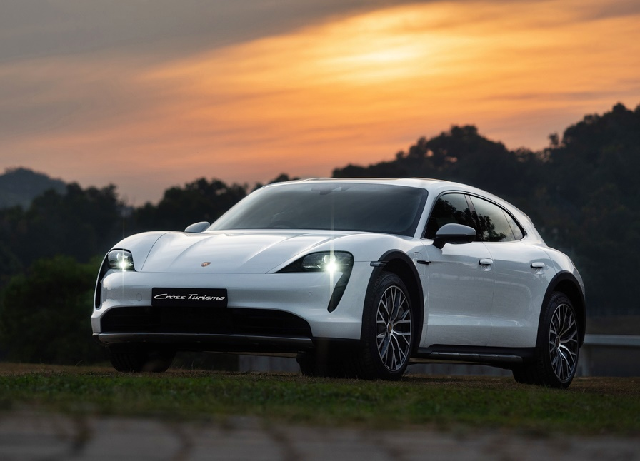 porsche-taycan-cross-turismo-is-now-in-malaysia,-priced-from-rm645,209