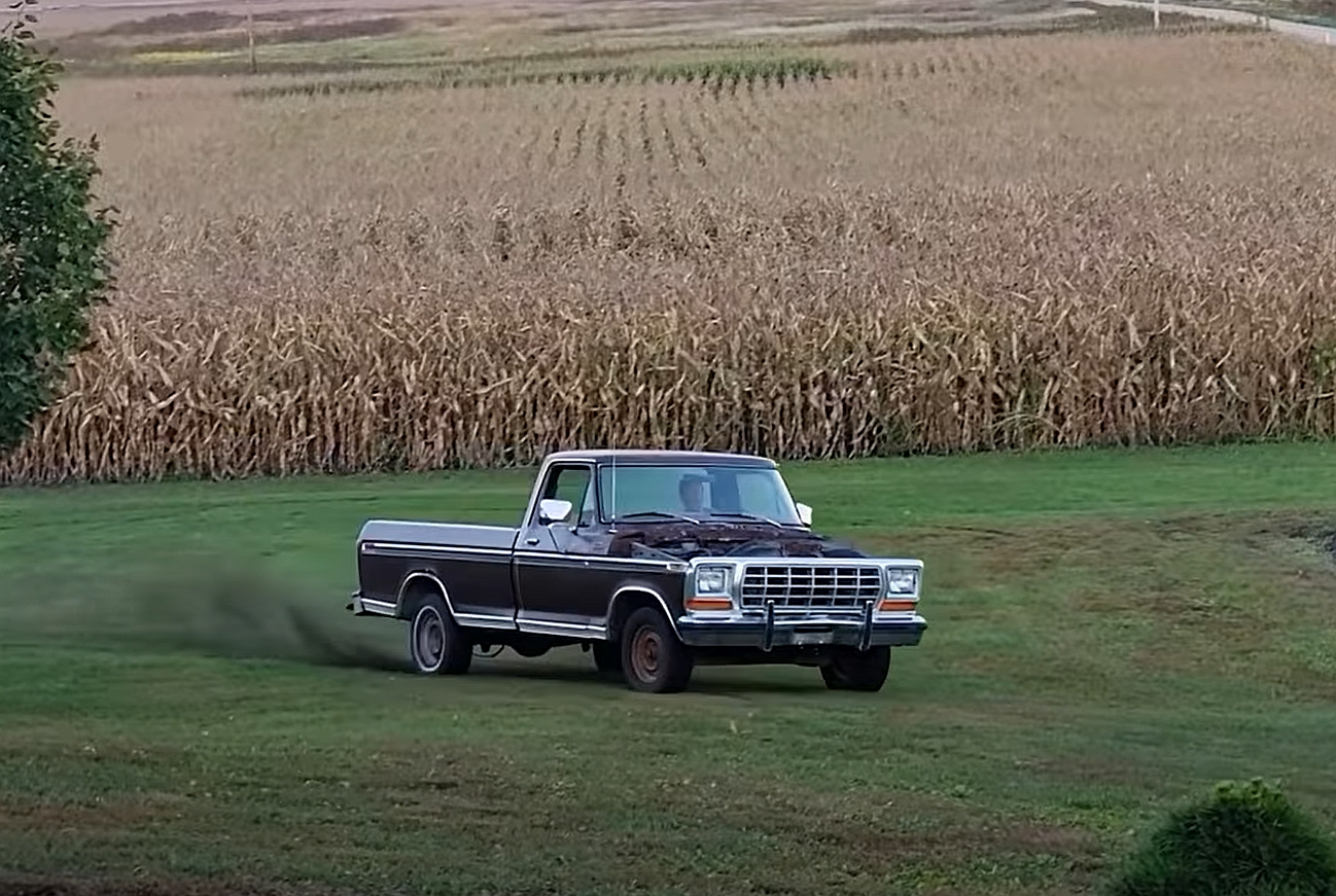1979-ford-f-150-with-a-mercruiser-boat-engine-swap-is-the-craziest-thing-you'll-see-today