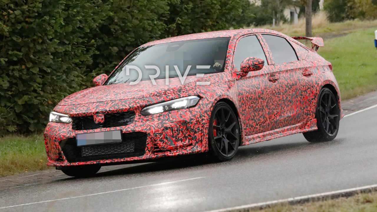 2022-honda-civic-type-r-interior-and-exterior-spied-in-detail
