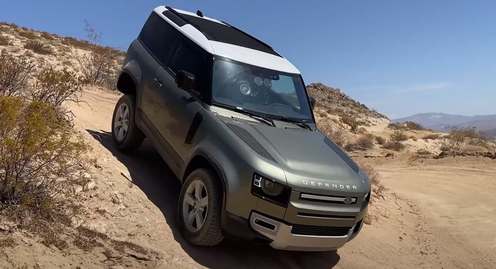 the-land-rover-defender-90-is-a-perfect-blend-of-refinement-and-off-road-capability
