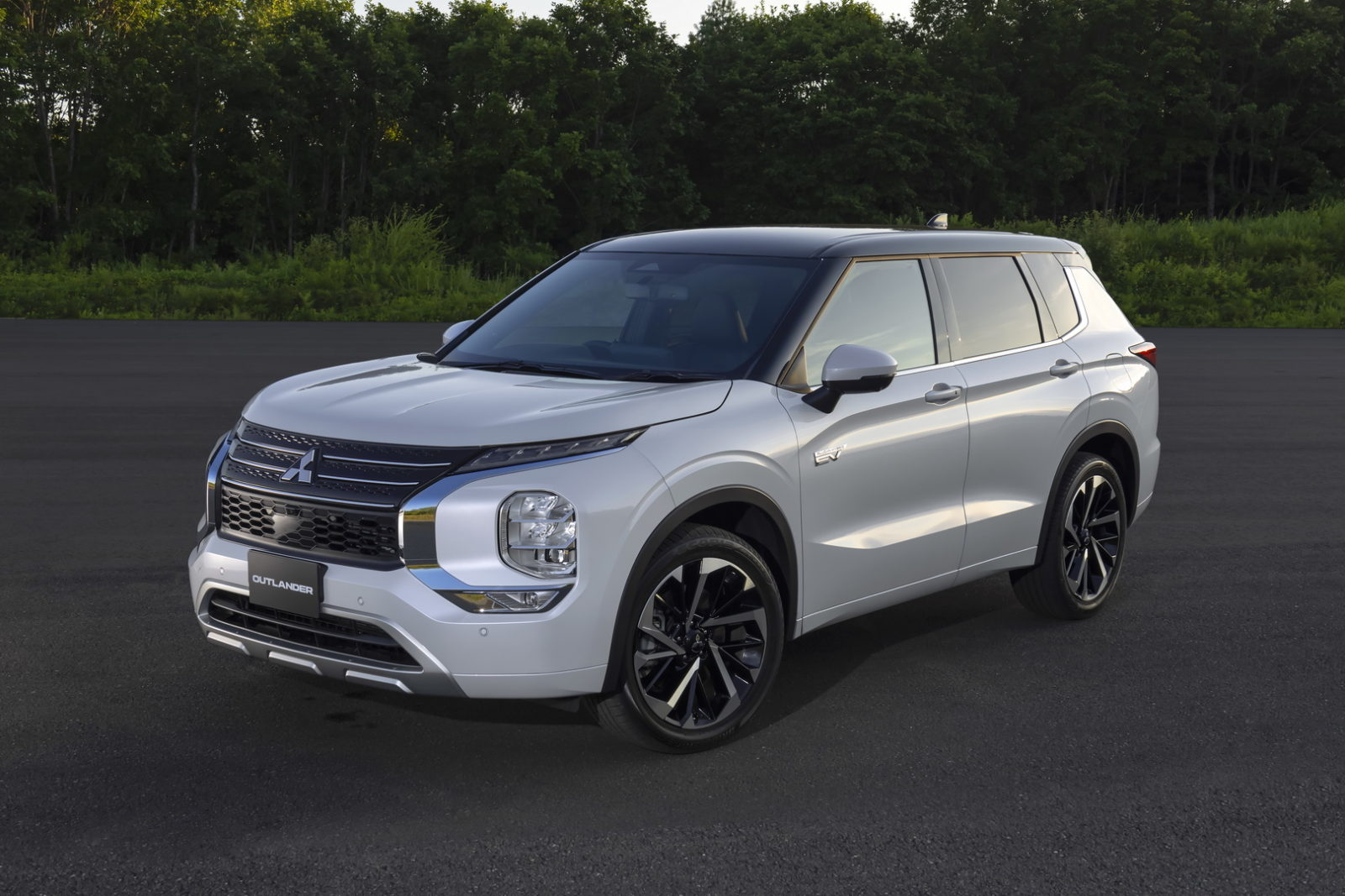 all-new-mitsubishi-outlander-phev-revealed-ahead-of-october-28-world-premiere