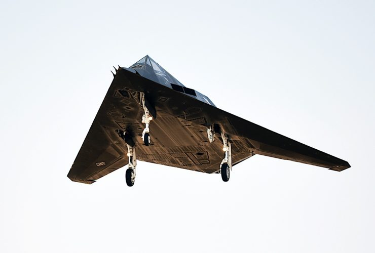 f-117-nighthawk-comes-out-to-play,-looks-as-weird-as-ever