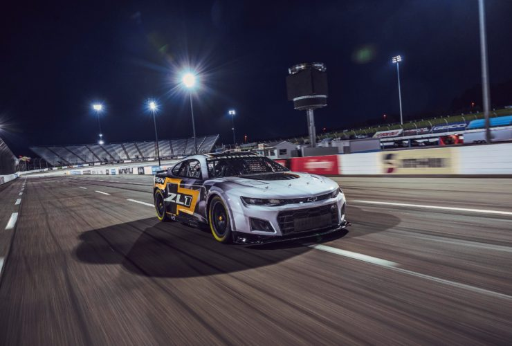 nascar-could-introduce-hybrid-drivetrains-in-2024